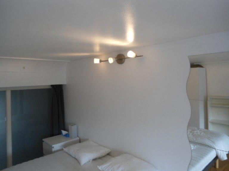 Quarto em apartamento compartilhado em Sint-Pieters-Woluwe