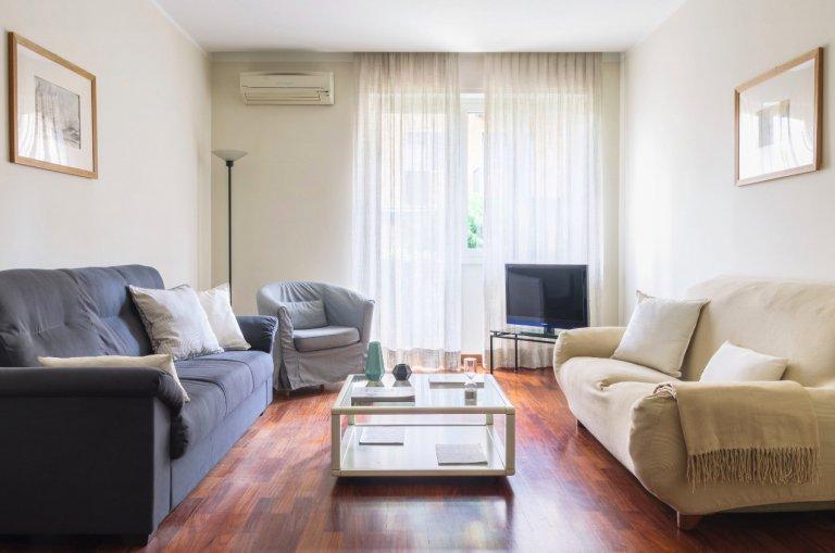 Appartamento con 3 camere da letto in affitto a San Siro, Milano