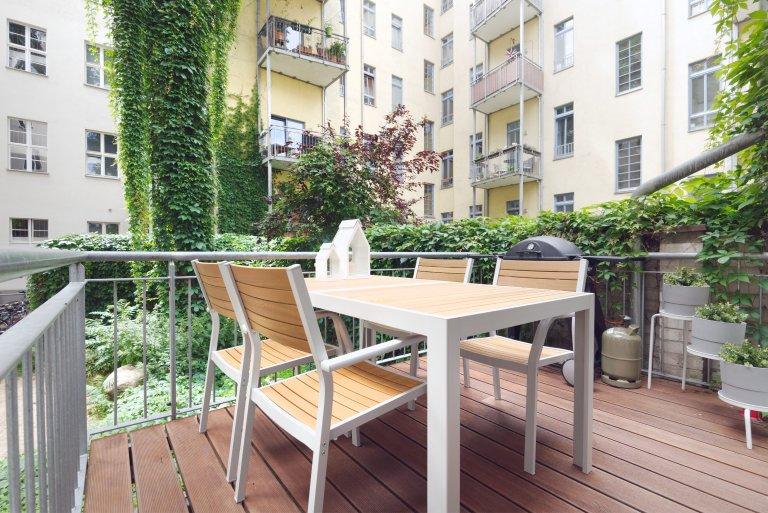 Apartamento com 2 quartos para alugar em Kollwitzkiez, Berlim