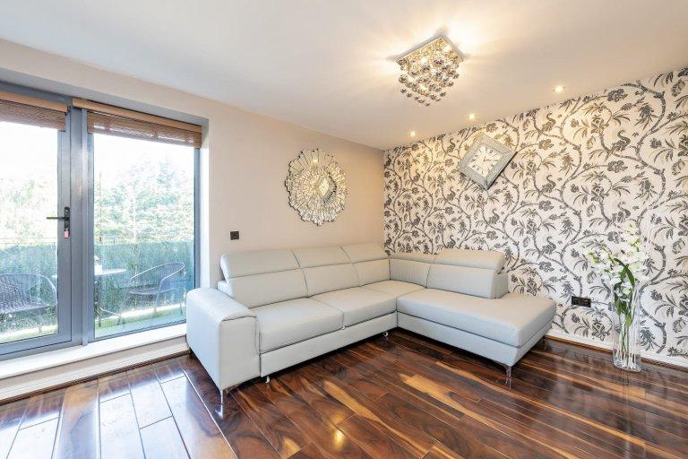 Stilvolles Apartment mit 2 Schlafzimmern in Killinarden, Dublin