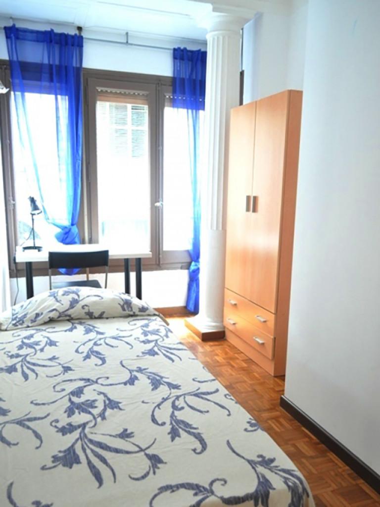 Bedroom 6 - single bed