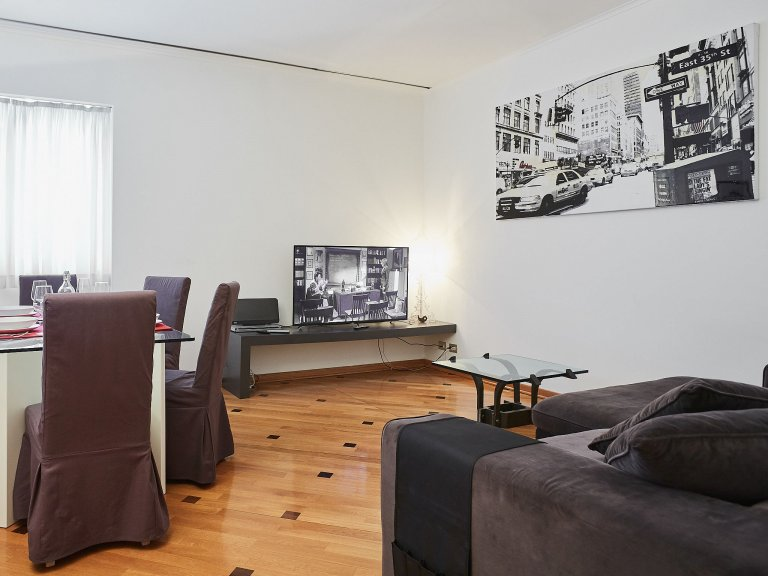 Modern 3-bedroom apartment for rent in Brera, Milan