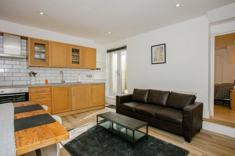 Airy 1-pokojowe mieszkanie do wynajęcia w Lambeth, Londyn