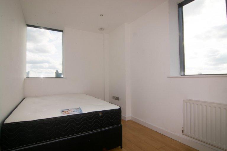 Gemütliches Zimmer zur Miete in einer 4-Zimmer-Wohnung in Poplar, London
