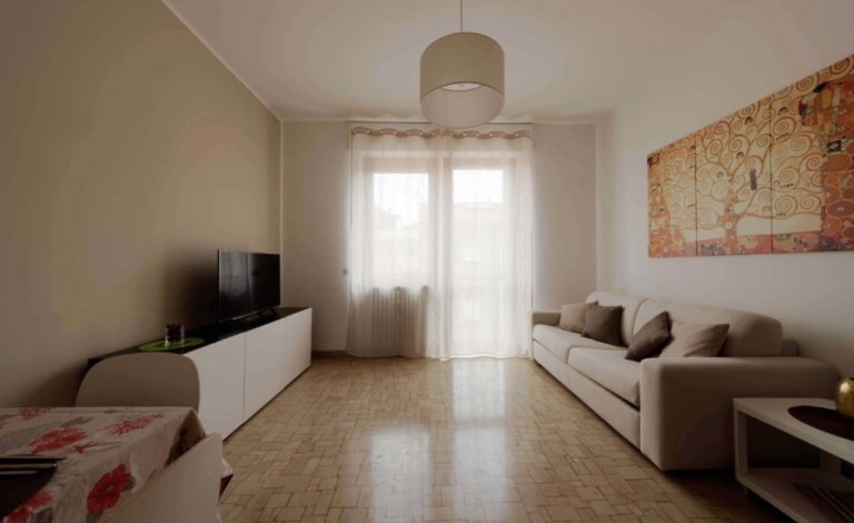 Studio apartment in residence hall Sesto San Giovanni, Milan