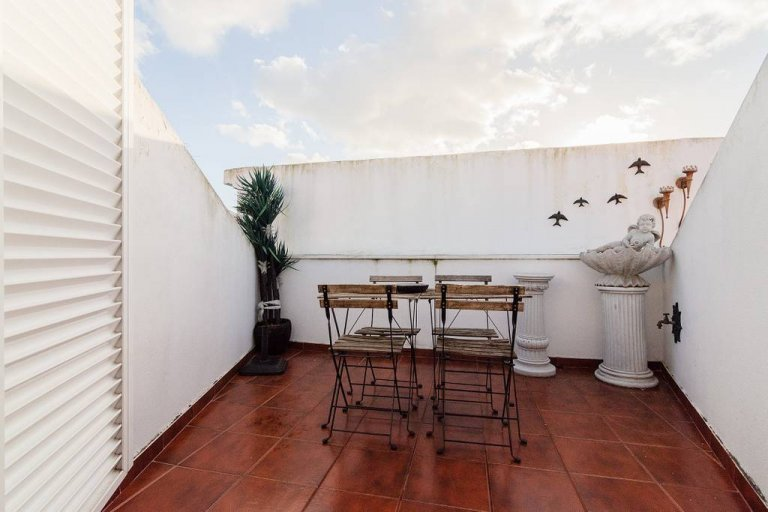 Hip 2-bedroom apartment for rent in Arroios, Lisbon