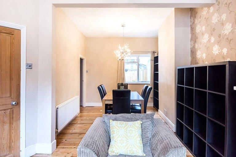 Apartamento de 3 quartos para alugar em Lambeth, Londres