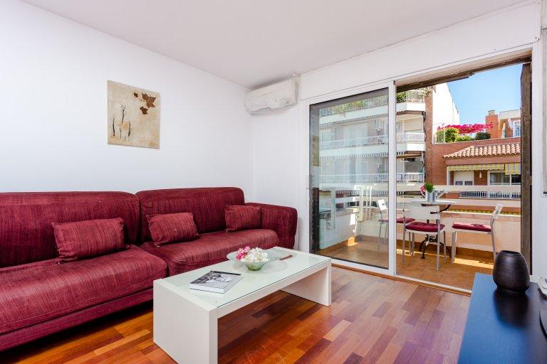 4-pokojowe mieszkanie do wynajęcia w Eixample Esquerra w Barcelonie