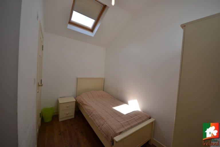 Pokój w domu z 8 sypialniami w Drumcondra