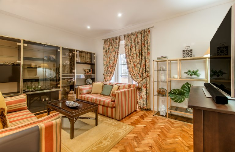 Appartamento con 3 camere da letto in affitto a Areeiro, Lisbona