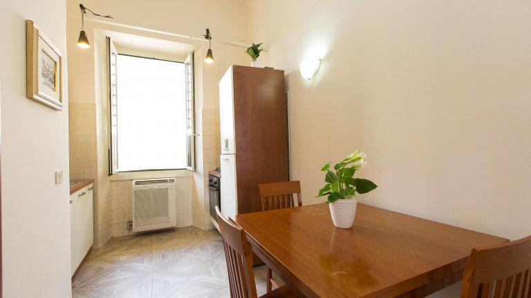 Appartement 3 chambres à louer à Termini, Rome