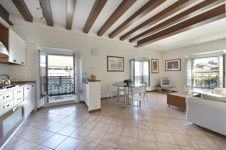 Spacious 1-bedroom apartment for rent in Buenos Aires, Milan