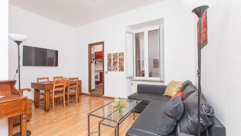 Confortable appartement de 2 chambres à louer à Trastevere, Rome