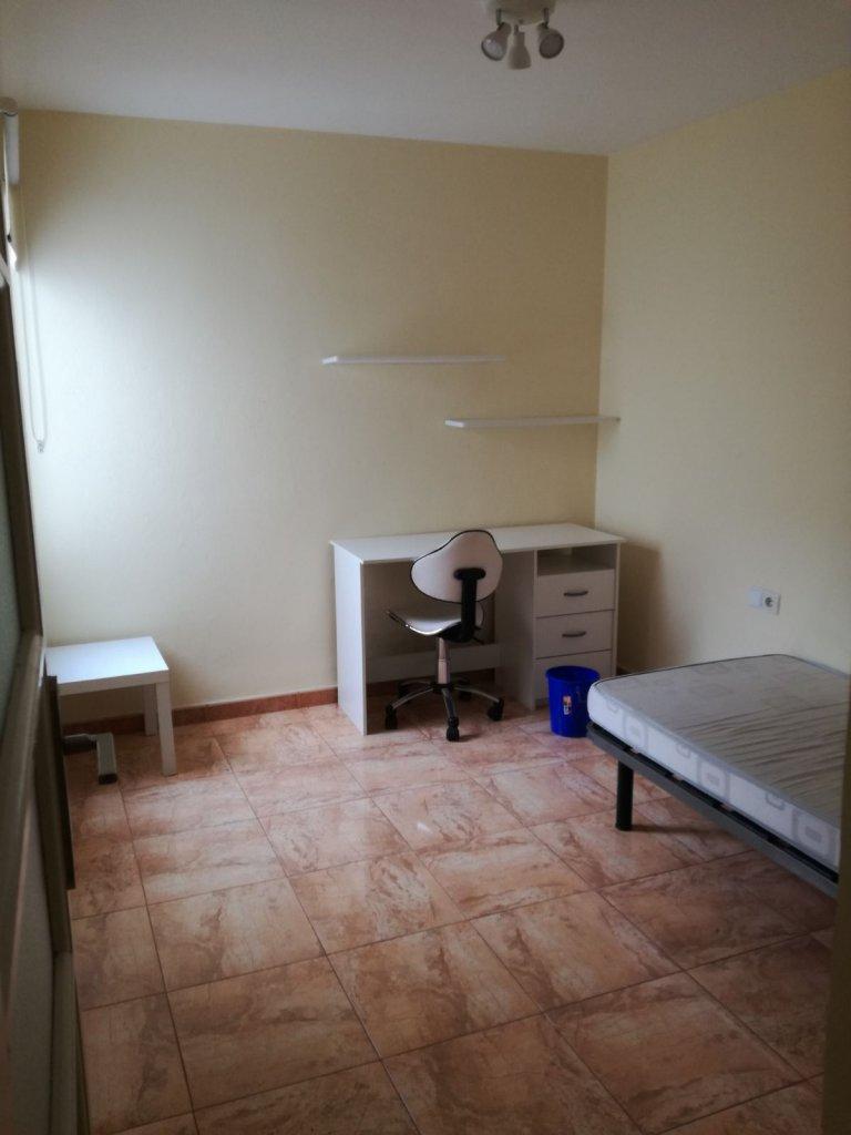 Mieszkanie z 1 sypialnią do wynajęcia w Algirós, Walencja