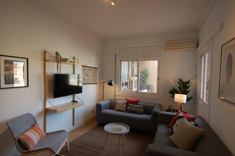 Apartamento de 4 dormitorios en alquiler en Eixample Dreta, Barcelona