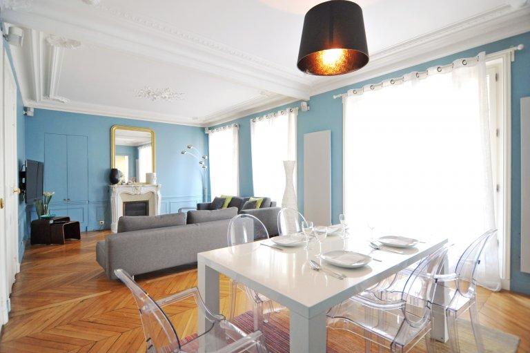 Mieszkanie z 2 sypialniami do wynajęcia w Chaillot w Paryżu