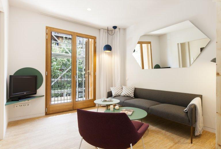 Esquerra Eixample, Barcelona'da kiralık 2 yatak odalı daire