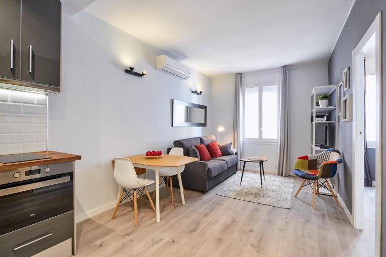 Apartamento de 2 quartos brilhante para alugar em Poblenou, Barcelona