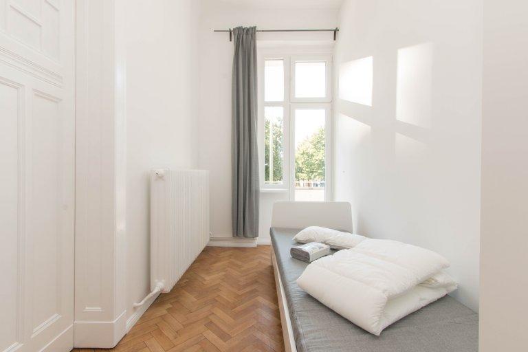 Ładny pokój do wynajęcia w Schillerkiez, Berlin