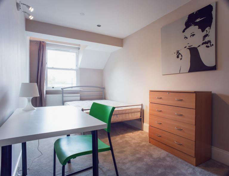 Bedroom 13 - double bed