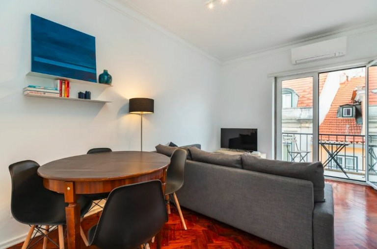 1-bedroom apartment for rent in Santo António, Lisbon