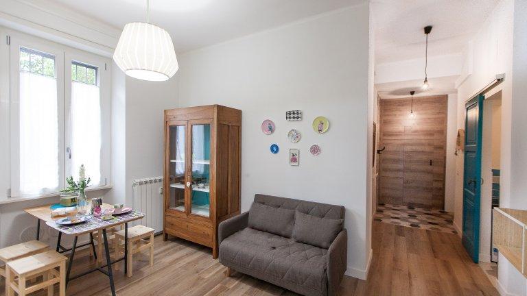 Offene 2-Zimmer-Wohnung zur Miete in San Giovanni, Rom
