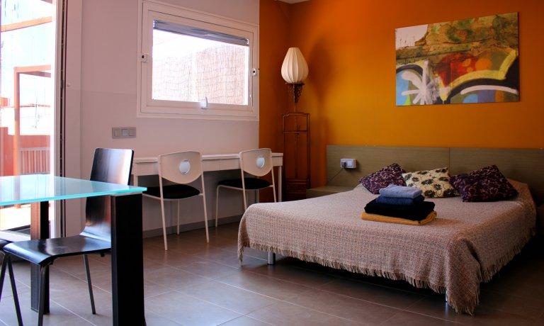 Angesagte Studio-Wohnung zur Miete in Poblats Marítims, Valencia