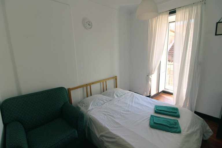 Belle chambre à louer, appartement de 4 chambres, Baixa-Chiado, Lisbonne