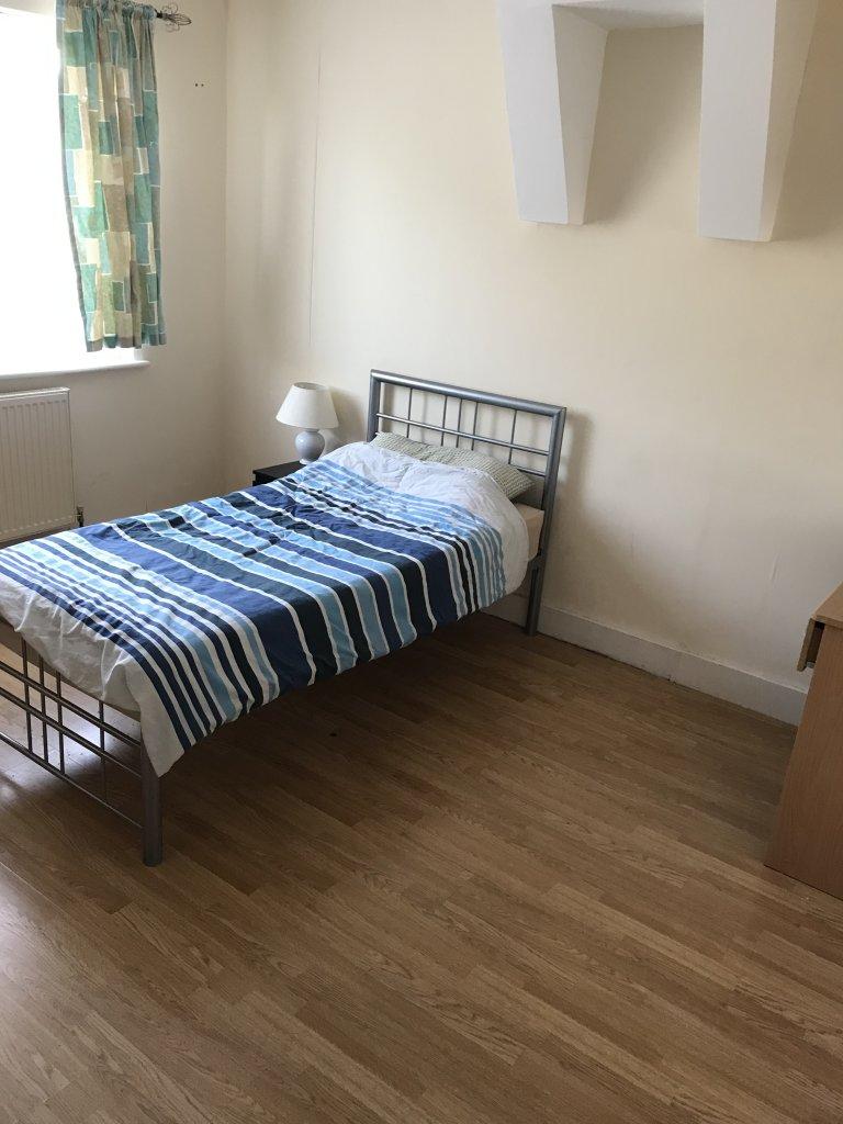 Chambre en colocation à Croydon