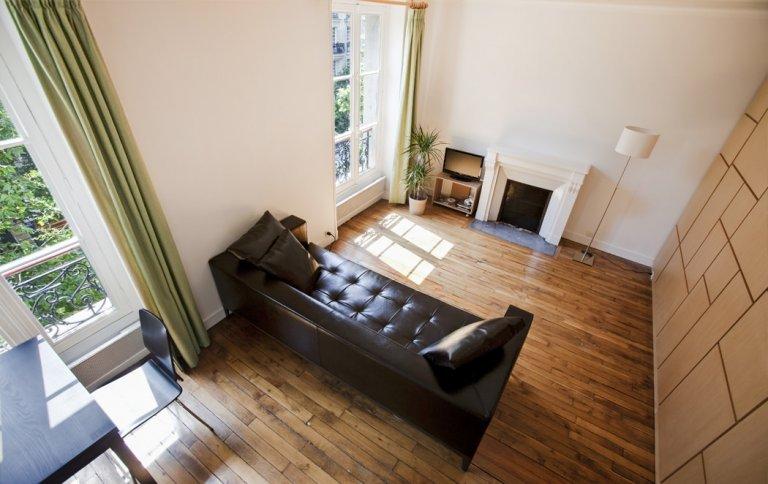 Modern studio apartment for rent in 7th Arrondissement