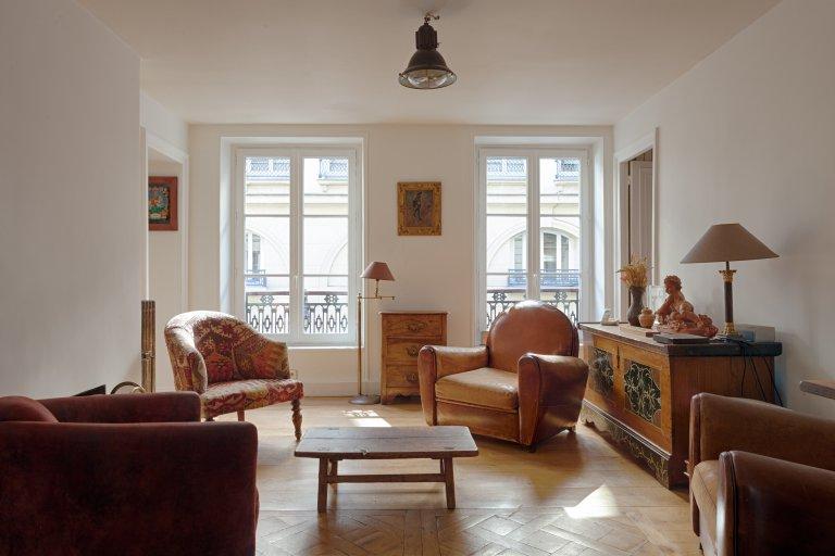 3-bedroom apartment for rent in 10th arrondissement, Paris