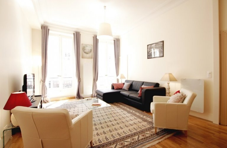 Beautiful 1-bedroom apartment for rent in 7th arrondissement