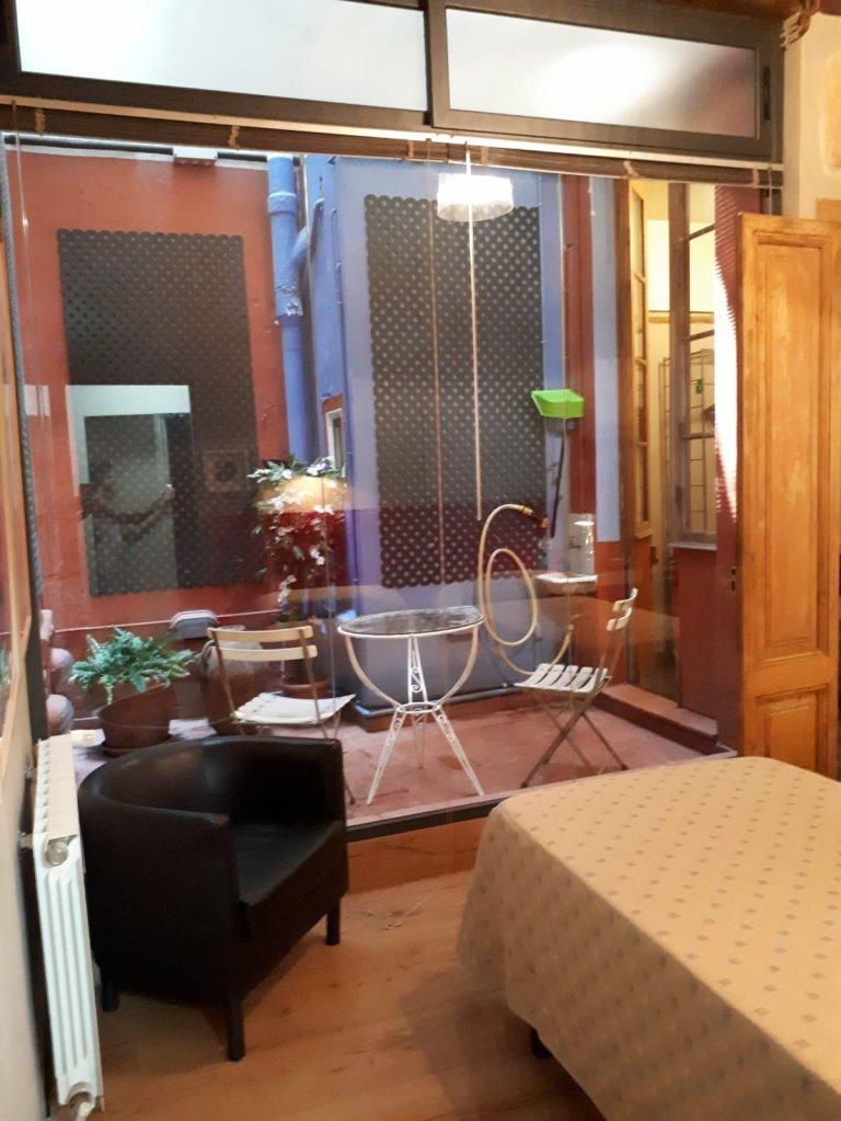 Appartement intérieur de 2 chambres à louer à El Born, Barcelone