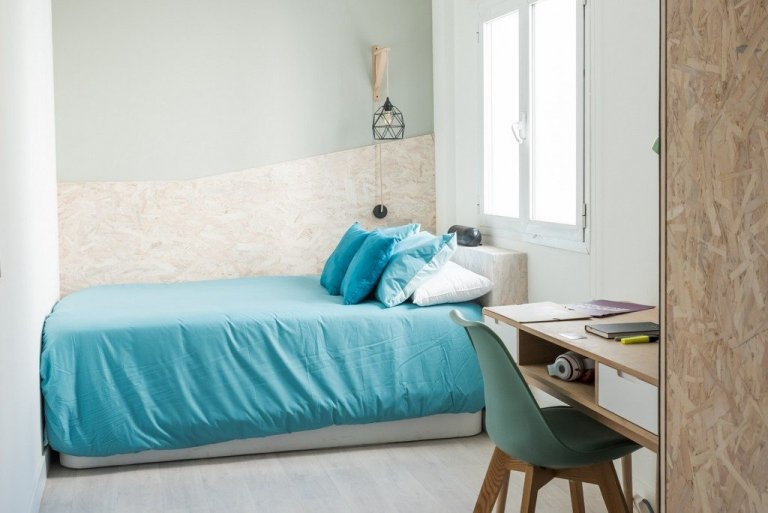 Cute room for rent in student residence in Delicias, Madrid