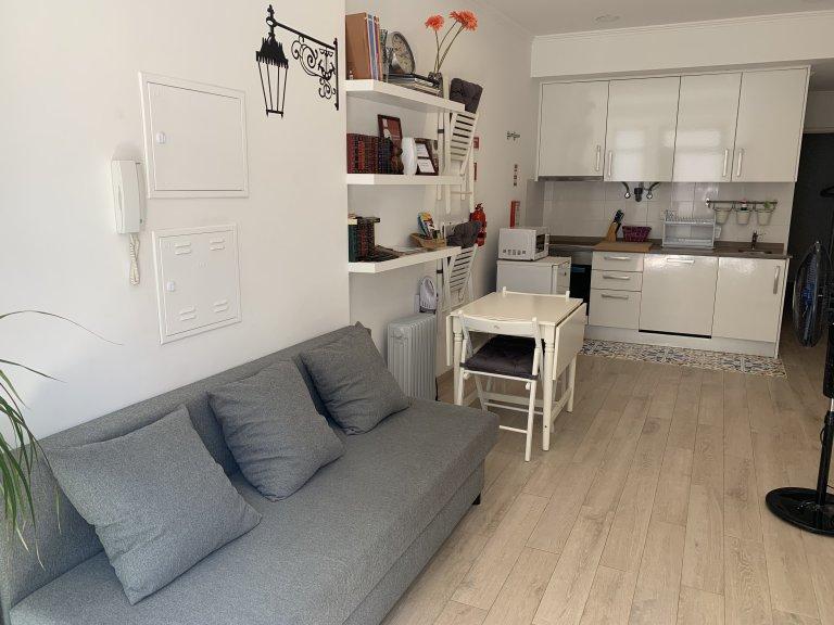 Gemütliche 1-Zimmer-Wohnung zur Miete in Mouraria, Lissabon