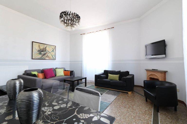 Bel appartement de 3 chambres à louer à Prati, Rome