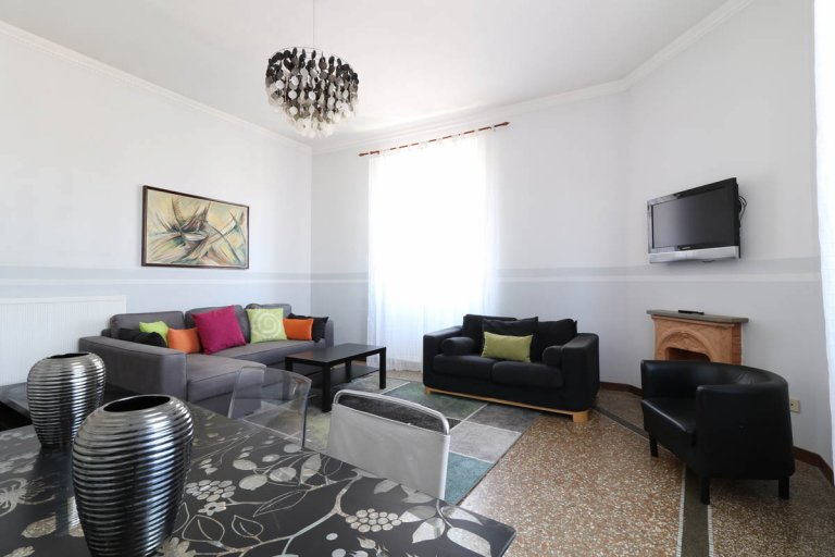 Lovely 3-bedroom apartment for rent in Prati, Rome