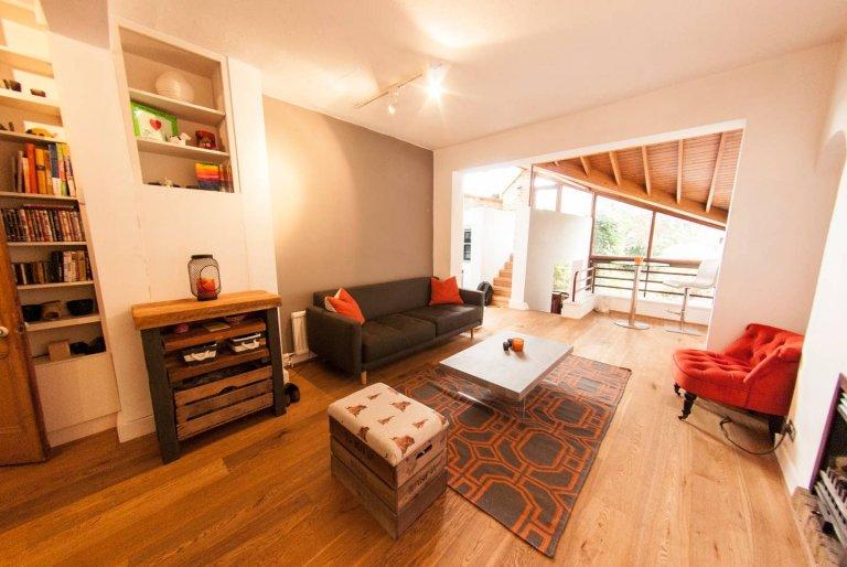 Fantastyczne mieszkanie z 2 sypialniami do wynajęcia w Greenwich w Londynie