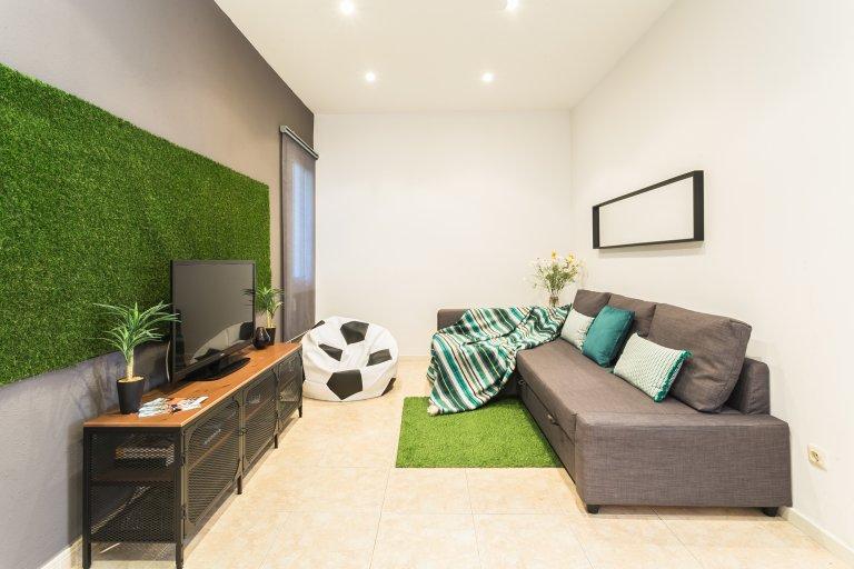 Wyjątkowy apartament z 3 sypialniami do wynajęcia w Les Corts w Barcelonie