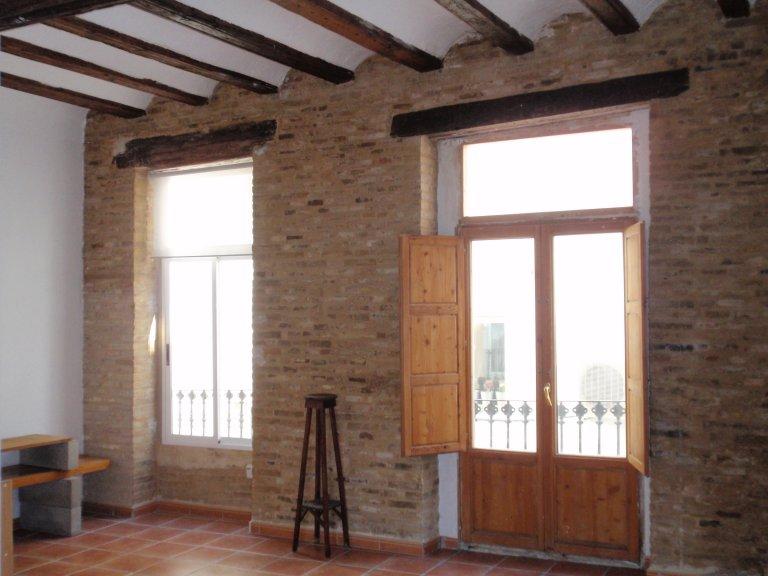 Ganze 1 Schlafzimmer Wohnung in València