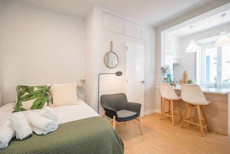 Apartamento ensolarado para alugar em Estrela, Lisboa