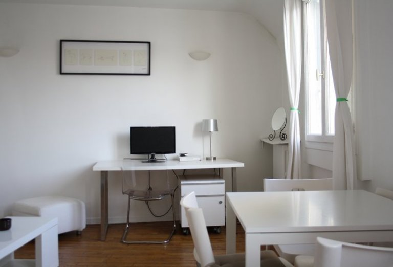 Gorgeous 1-bedroom apartment in the 16th arrondissement