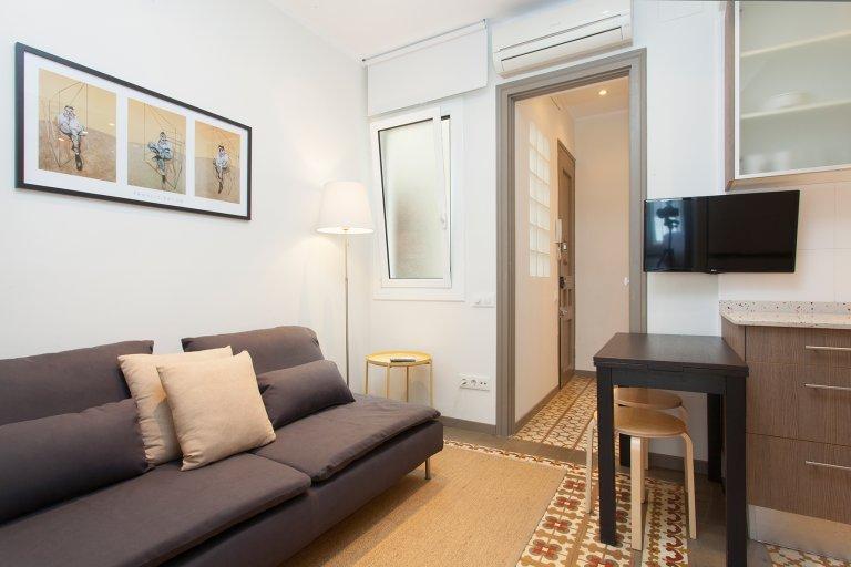 Ładny 1-pokojowy apartament do wynajęcia w Poble Sec, Barcelona