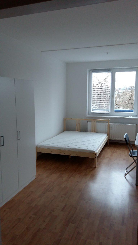 Rooms for rent in 3-bedroom apartment in Mitte, Berlin