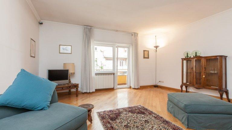 Stilvolle 2-Zimmer-Wohnung im charmanten Trastevere zu vermieten