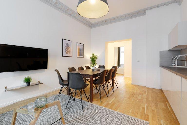 4-pokojowe mieszkanie do wynajęcia w Neukölln, Berlin