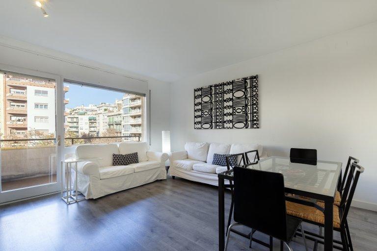 Apartamento inteiro com 4 quartos em Barcelona