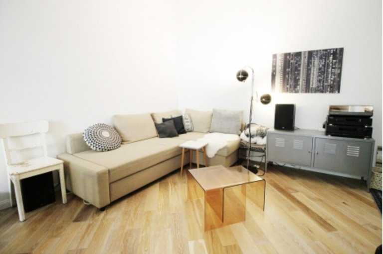 Great apartment with 3 bedrooms for rent in Friedrichshain