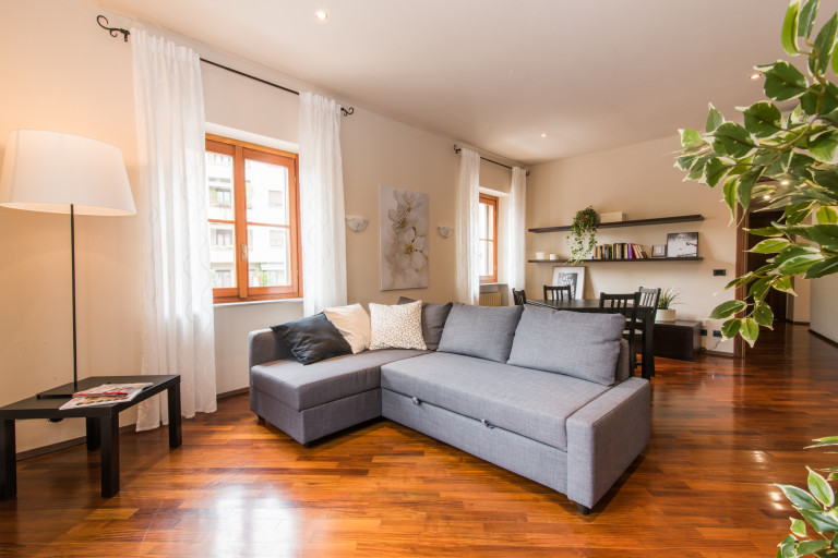 Apartamento de 2 dormitorios en alquiler en Milán Centro