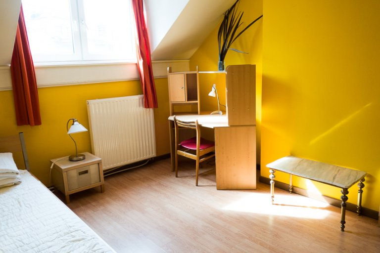 Studio for rent in residence hall in Saint Josse, Brussels